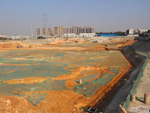 興華工業園三舊改造項目現場