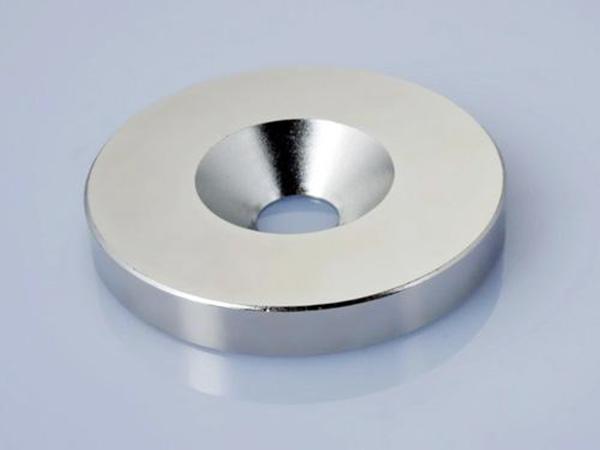 钕铁硼打沉头孔强磁