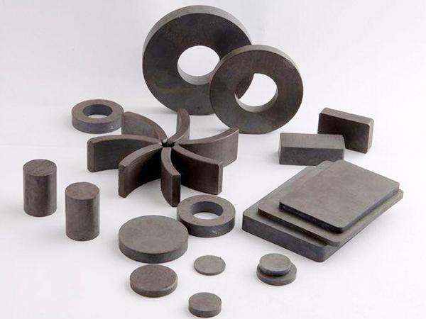 多种形状铁氧体磁铁