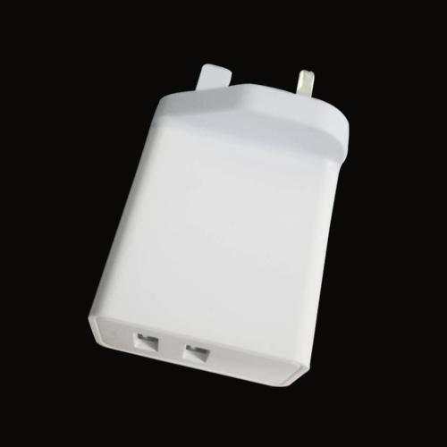 英规双USB 24W 充电器