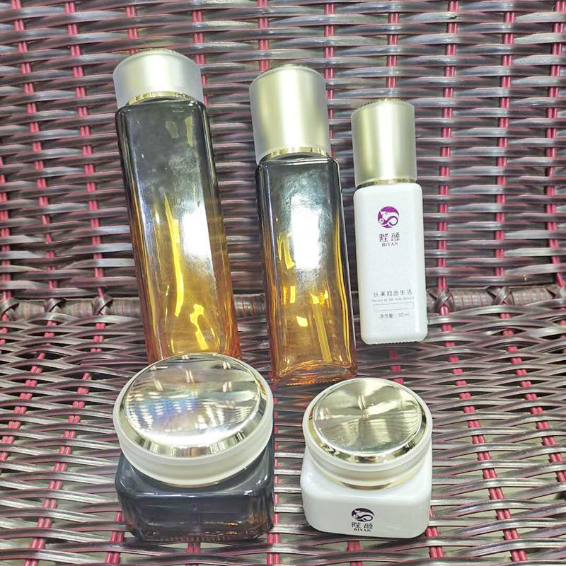 香港男士化妝品瓶_鵬誠包材_產品營銷方案強_批發采購平臺