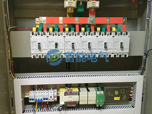 电磁导热油炉配电柜一角