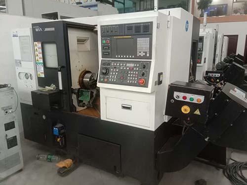 二手进口韩国现代威亚HYUNDAI WIA E200MC车洗复合机