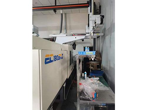 二手东芝EC180SX注塑机