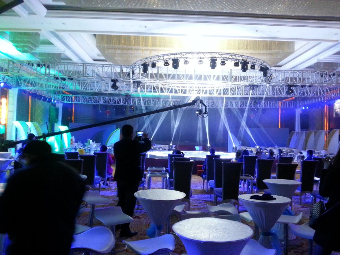 泉州创意舞台设计 泉州厂家出租舞台桁架价格 诚艺供