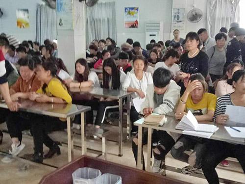 大嶺山正規勞務派遣公司的員工 融創 勞務中介和 長期 正規