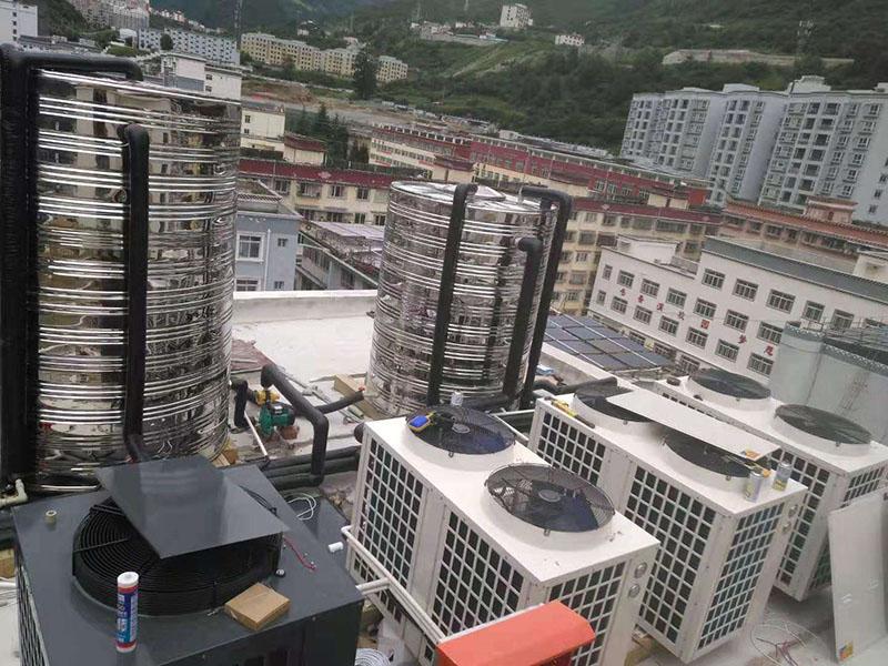 西藏熱泵熱水機一噸多少錢_匯高機電_泳池用空氣源_太陽能空氣源