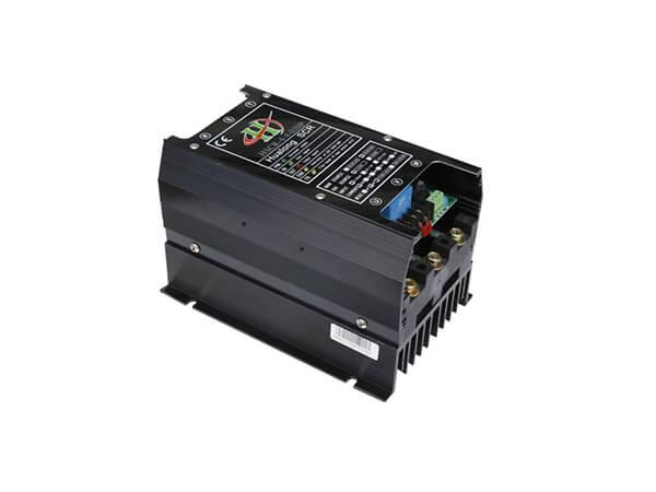 HSCR模擬式三相電力調整器30A
