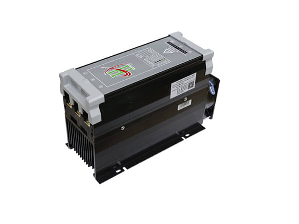 HSCR模擬式三相電力調整器150-200A