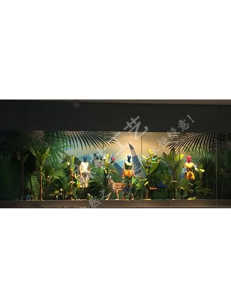 服装品牌橱窗设计-sl|东莞市企石森林工艺品厂_企讯网