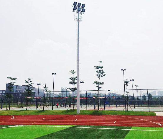 人造草足球场灯光设计