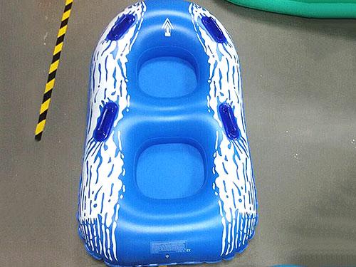 藍白充氣墊