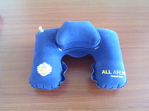 藍色VC植絨枕頭