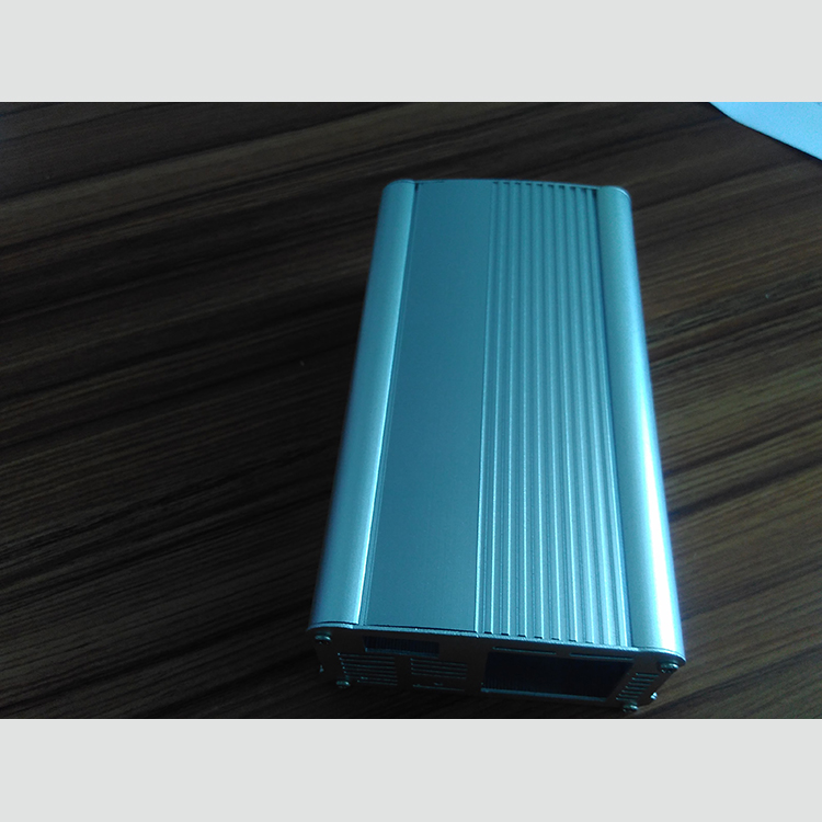 珠海充电器铝外壳生产_铭博五金_锂电池_型材_电动叉车_洗地机