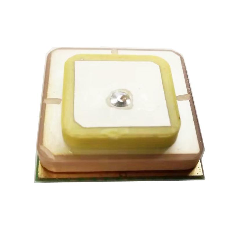 雙頻L1+L5/高精度/亞米級定位/GPS模塊/支持全球所有民用定位系統