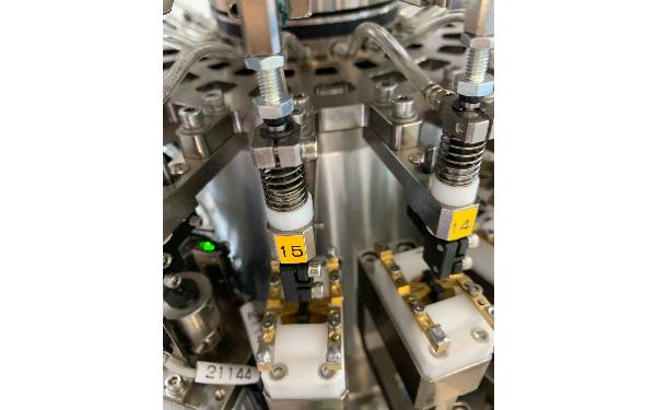 云浮自動半導體封裝測試_瑞英特_自動_光學電子_LED芯片_電子