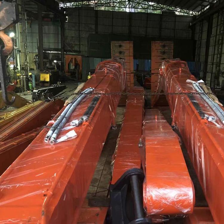 重慶基礎建設挖掘機加長臂哪里買_鑫華機械_清淤_隧道專用_20噸