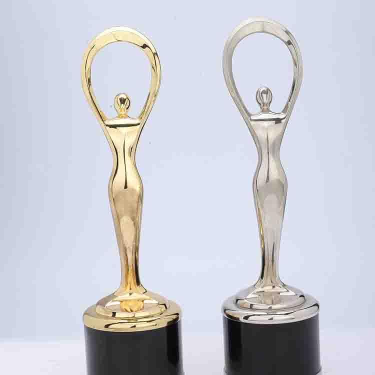 成都经典奖杯多少钱_锦宏压铸_年度_销售冠军_年终_大拇指
