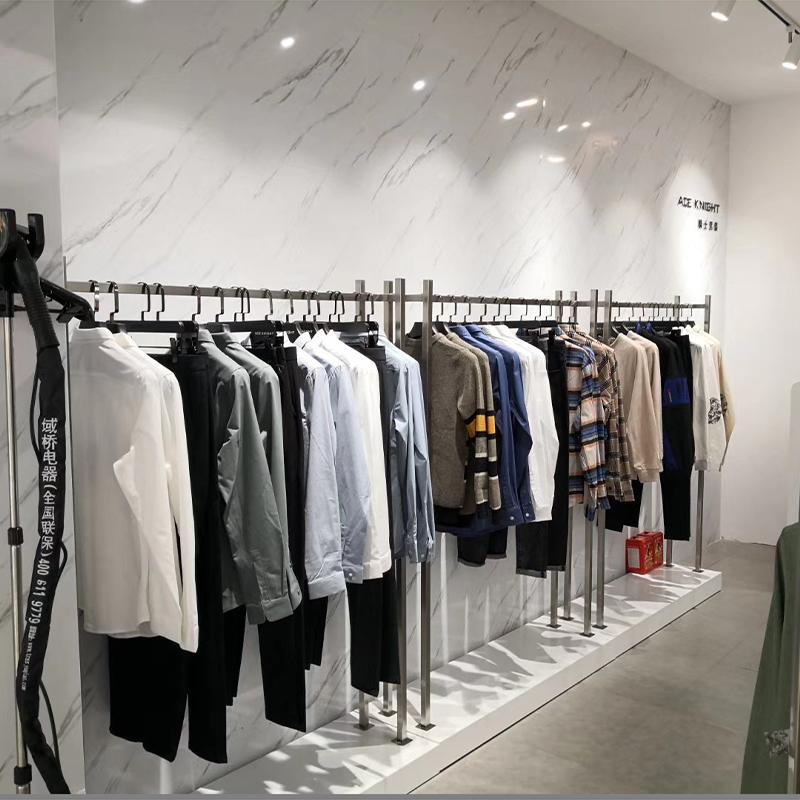 中国风_时尚服装展示架销售_天一地九金属制品