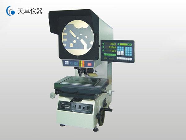 万濠高精度多镜头测量投影仪(CPJ-3000CZ)