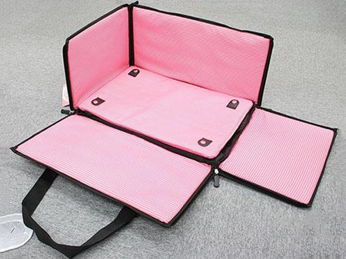 粉色车用宠物窝