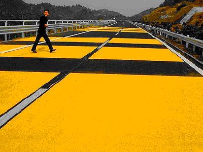公路施工劃線現場