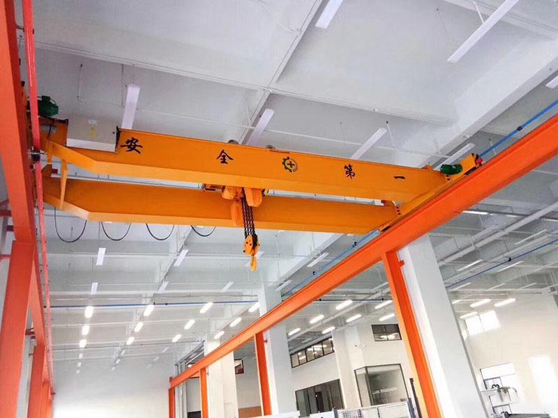 行車起重機廠家定制_譽鼎起重自動化設備_單梁懸掛_塔式_10噸