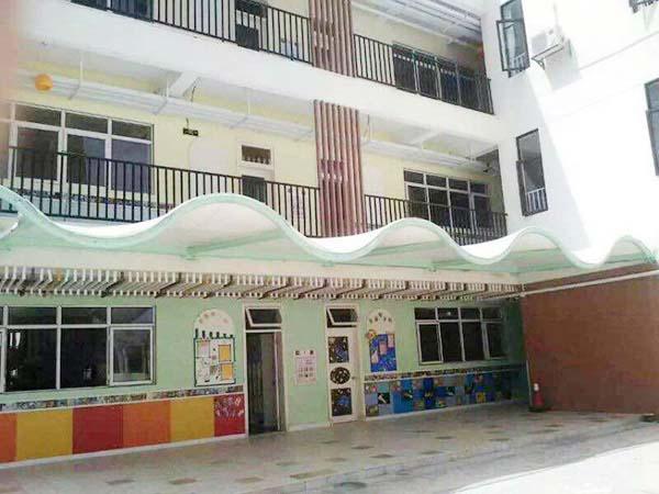 学校膜钢结构工程