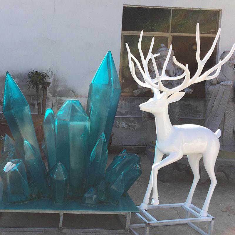苏州全透明树脂雕塑生产厂家_森林景观雕塑_户外_白色_水性