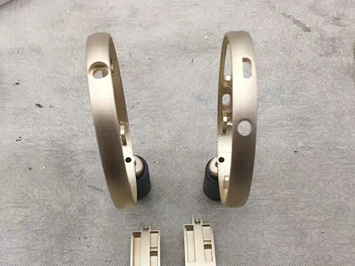 工厂水管铝合金压铸小零件